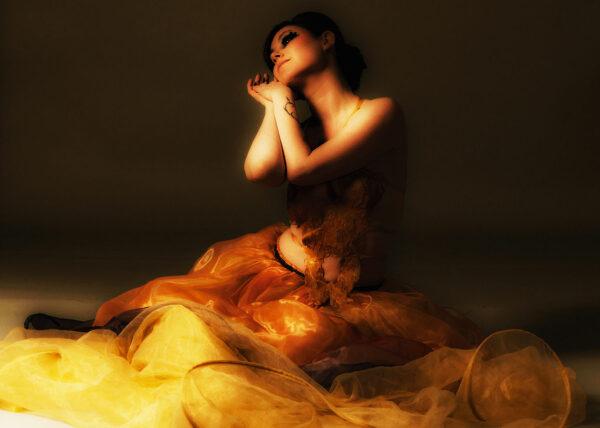 Agnes van Dijk modekunst Yellow Theater organza