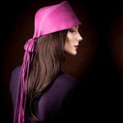 Agnes van Dijk fasionart, modekunst, Hat, lilac strings, Eindhoven the netherlands, nederland