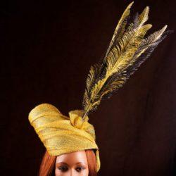 Agnes van Dijk fasionart, modekunst, Headpeace yellow feathers, Eindhoven the netherlands, nederland